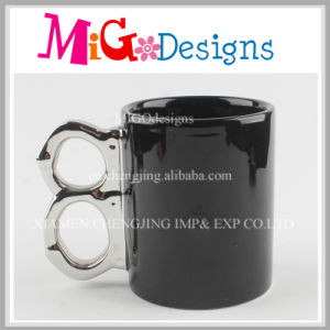 Custom and OEM Welocme Colour Ceramic Cup with Electro-Plating pictures & photos