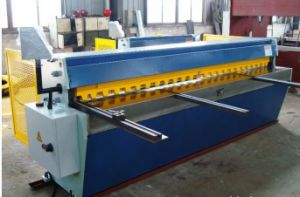 Qh11d-3.2X2000truecut mechanical Cutting Machine/Qh11d-3.5X2000 Truecut Mechical Cutting Machine pictures & photos