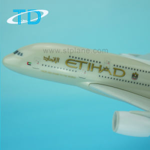 Edihad New A380 1/200 37cm Plastic Airplane Model pictures & photos