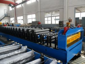 Steel Glazed Tile Roll Forming Machine pictures & photos