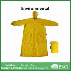 Wholesales Kids Long Raincoat Yellow pictures & photos
