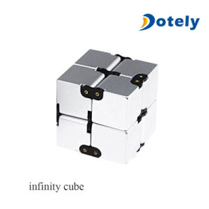 Luxury EDC Fidgeting Infinity Cube for Stress Reducer pictures & photos