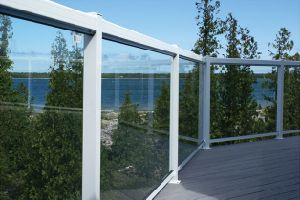 Modern Simple Outdoor Galvanzied Steel Glass Deck Fence pictures & photos