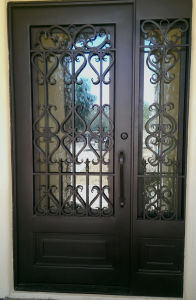 Custmozied High Quality Hot Galvanzied Wrought Iron Gate pictures & photos