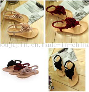 Custom Fashion Comfortable Rubber Women Slippers Flip Flop pictures & photos