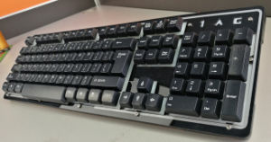 Metal USB Wired Computer Keyboard with Backlight pictures & photos