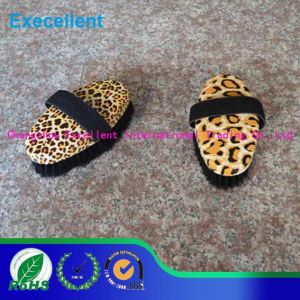 Hot Selling Horse Cleaning Brush for Horse Massage