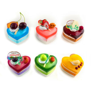 Customized Fashion Cake Shape Fridge Magnet pictures & photos