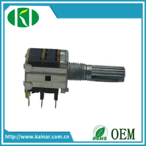 Wh12-2-K2-2 12mm Rotary Potentiometer with 3 Gang Metal Shaft pictures & photos
