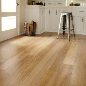 Engineered Oak Wooden Flooring/Hardwood Flooring pictures & photos