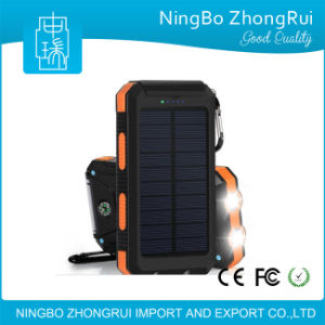 Best Sale Mobile Phone Charger Portable Universal Solar Power Bank 8000mAh 1000mAh pictures & photos