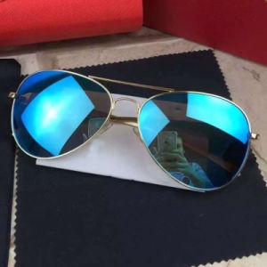 2017 Fashion Mirror Polarized Sunglasses for Man/Woman pictures & photos