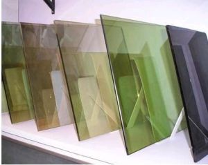 Clear/Coloreded/Coated/Reflective Float Glass for Building/Window Glass pictures & photos