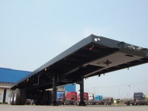 Cimc Fatbed Trailer with Single Point Suspension Truck Chassis pictures & photos