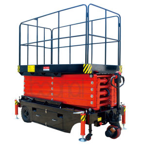 Self-Propelled Scissor Lift Max Platform Height 4.9 (m) pictures & photos