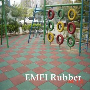 500X500X25mm Children Playground Rubber Floor Soft Rubber Flooring pictures & photos