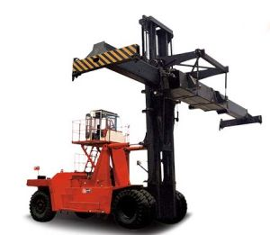 High Quality Heavy Duty Forklift Truck 42ton pictures & photos