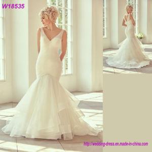 2017 Fashion High Quality V-Neckline Wedding Dress Bridal Gown W18353 pictures & photos