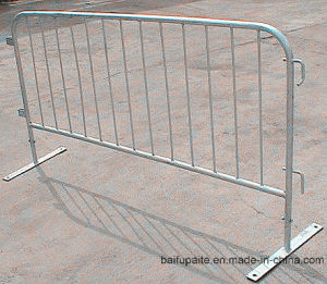 China Pedestrian Control Fence Traffic Fence Temporary Barrier pictures & photos