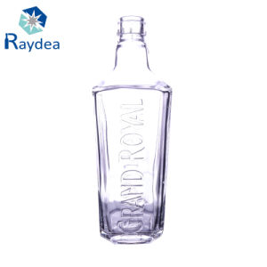 700ml Vodka Glass Bottle in Flint Glass pictures & photos