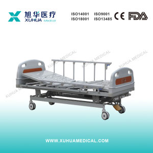 Three Functions Electric Hospital Patient Bed (XHD-3B) pictures & photos
