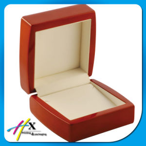 Red Wood High Glossy Piano Lacquered Full Set Jewelry Packaging Wooden Box pictures & photos