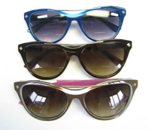 New Design Top Bar Engrave Cat Eye Special Acetate Sunglasses pictures & photos