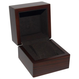 Small Luxury Wooden Watch Box pictures & photos