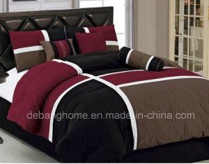 Queen 7-Piece Quilted Patchwork Comforter Set Burgundy/Brown/Black pictures & photos