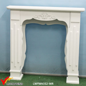 Country Rustic White Wooden Fireplace Mantel pictures & photos