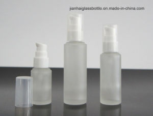 Handmade High Quality Clear Glass Perfume Bottle pictures & photos