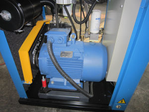 Small Capacity Lubrication Screw Industrial Air Compressor (KA11-08) pictures & photos