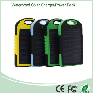 5000mAh Universal Solar Power Bank Charger for iPad Laptop (SC-01-5) pictures & photos