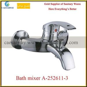 Wall Mounted Brass Bathroom Bathtub Faucet pictures & photos