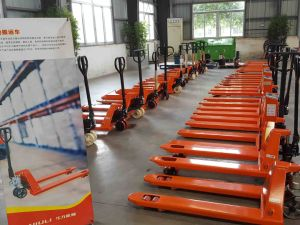 Niuli Heavy Duty Pallet Rack pictures & photos