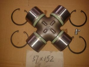 Man Truck Universal Joint 81392006005 81391086052 81391006050 81392006016 81393746003 81392006015 81391266017 81391266020 81391066042 81391266030 81392006010 pictures & photos