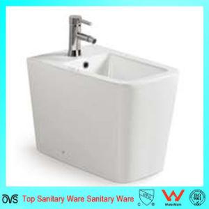 A5006 Porcelain Bathroom Lady Bidet pictures & photos