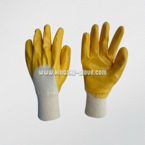 Yellow Nitrile Coated Knit Wrist Nitrile Glove (5004) pictures & photos