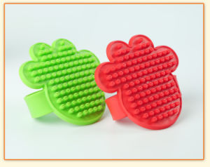 The Palm of Your Hand Clasp Pet Brush pictures & photos