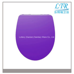 Eco-Friendly Closed Front Urea Toilet Seat Cover pictures & photos