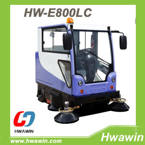Electric Station Road Sweeper Machine with Cabin pictures & photos