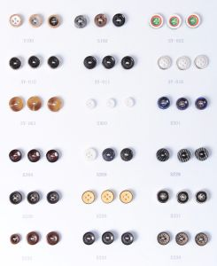 Colorful Resin Plastic Shirt Buttons pictures & photos