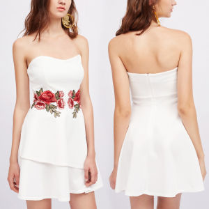 Fashion Women Sexy Slim Wrapped Chest Embroidery off Shoulder Dress pictures & photos