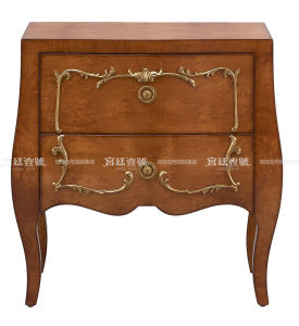 Classical Wooden Bedroom Furniture pictures & photos