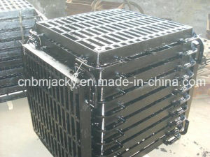Gully Grate Cast Iron B125/ C250 / D400 BS 497 pictures & photos