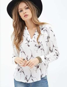 OEM 2015 Latest Fashion Long Top Design Sexy Women and Ladies Chiffon Blouse pictures & photos