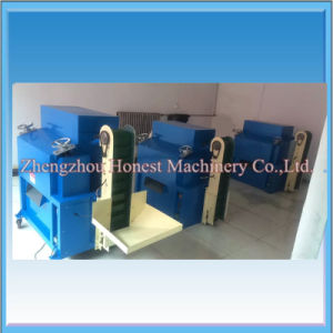 Big Capacity Walnut Cracker Machine with Ce Approval pictures & photos