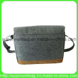 Promotional Fashion Messenger Bag Shoulder Bags Crossbody Bags pictures & photos