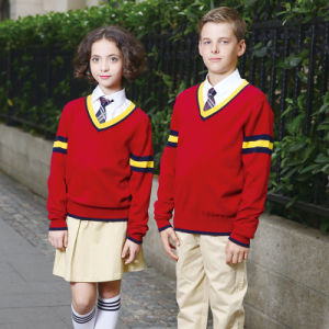 Custom Long Sleeve School Red Color Knitted Sweater pictures & photos