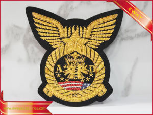Iron-on Embroidered Patch Customized Self-Adhesive Embroidery Patch pictures & photos